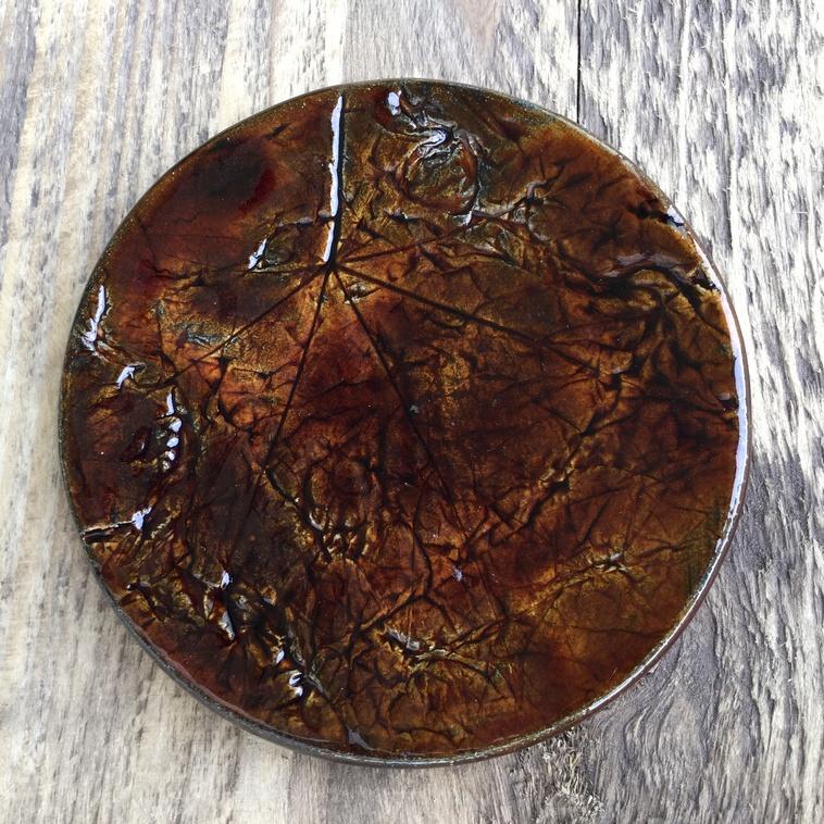 Plättchen mit Relief, 9105 Dunkelbraun
